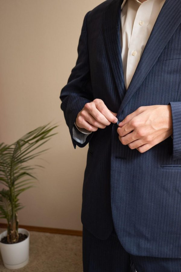 Dressing professionally communicates commitment and respect to your coworkers, boss, or other professional peers.